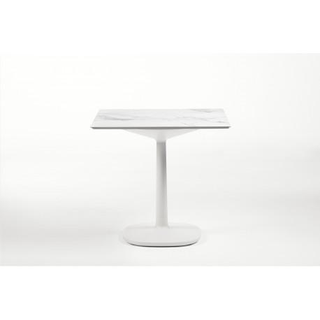 Table Multiplo / plateau carré en marbre / intérieur